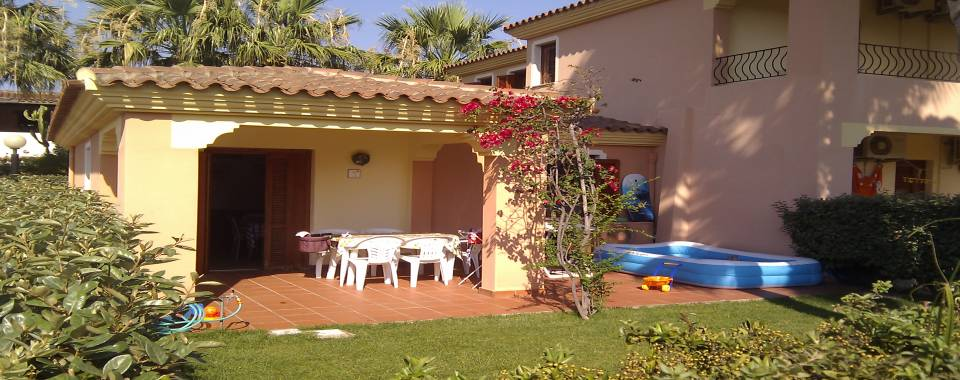 Vacanze in sardegna casa in affitto nel centro di san teodoro for Case in affitto san teodoro